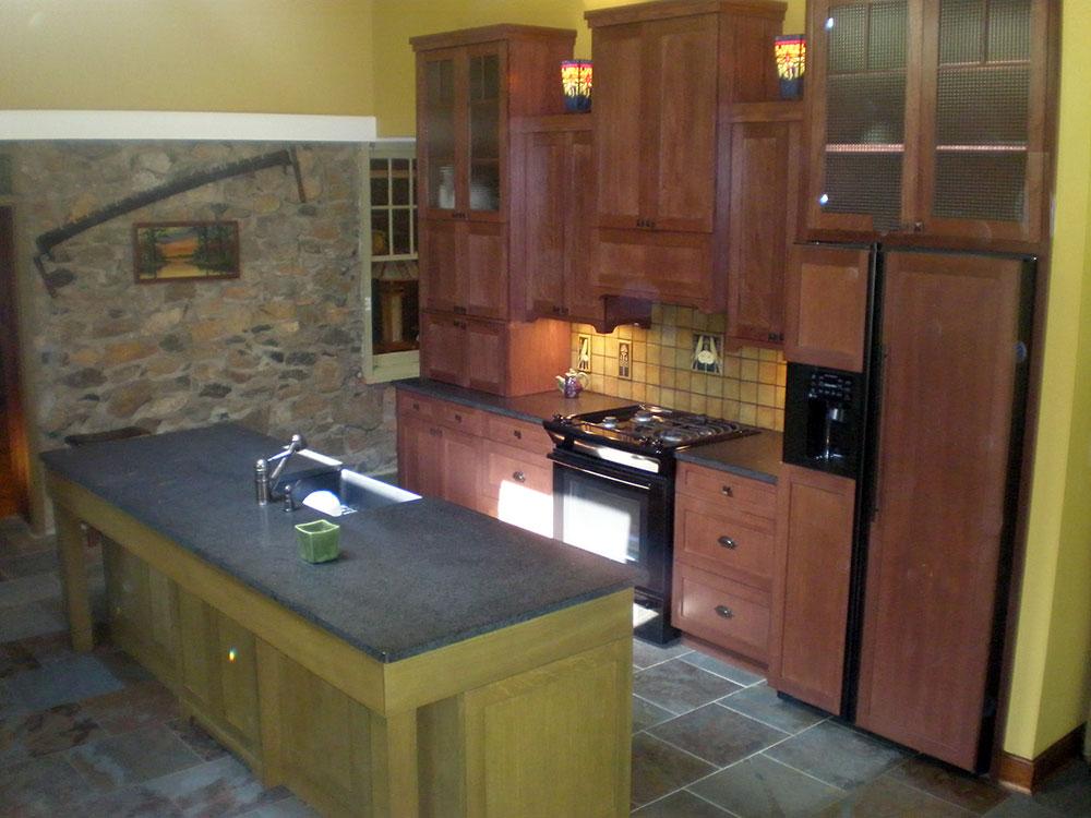 12-artscrafts-kitchen