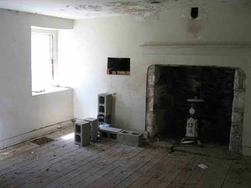 restoration_room_before